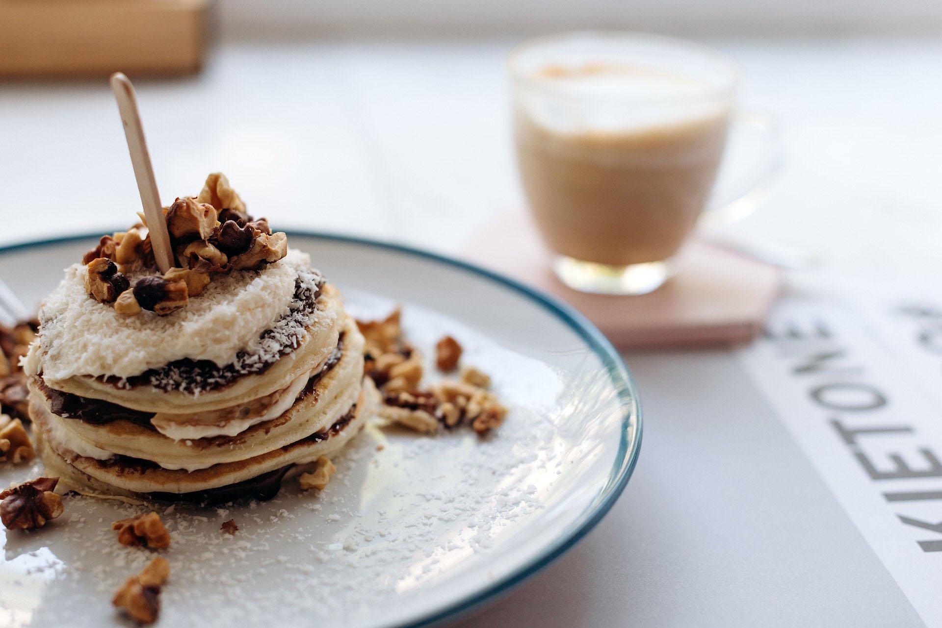 Pancakes - Photo par IVAN SVIATKOVSKYI via Pixabay - Banques d'images gratuites par Kozman